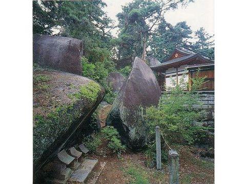 大石神社・大石山
