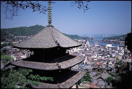 天寧寺海雲塔越しに見る風景