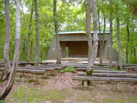 小国森林公園野外ステージ