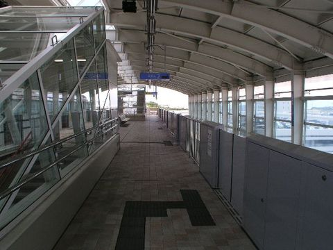 沖縄都市モノレール那覇空港駅