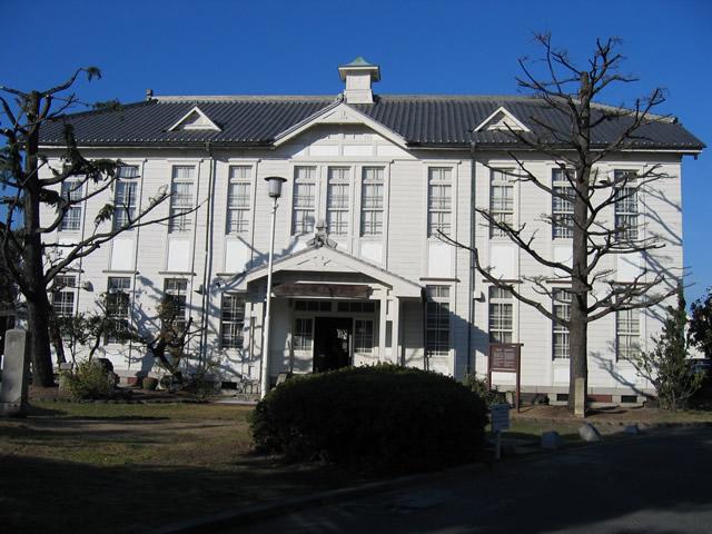 坂出市郷土資料館