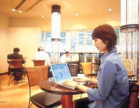 駅の喫茶店(新大阪駅構内)