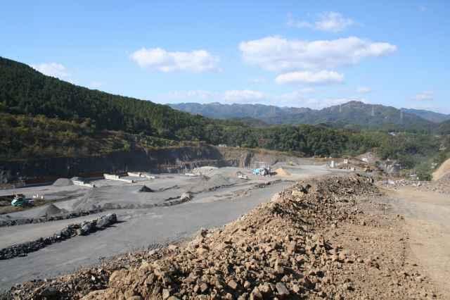 朝日興産採石場