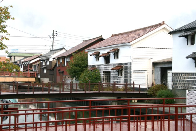 旧加茂川白壁土蔵