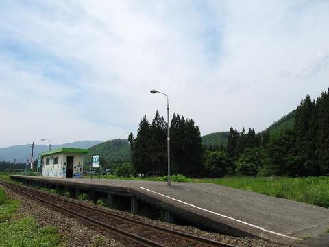 秋田内陸線 松葉駅 夏