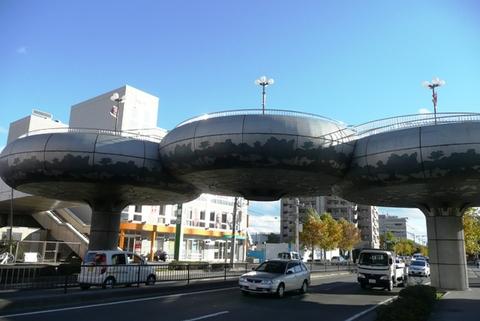 けやきの歩道橋