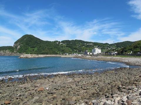 石が多い海岸。