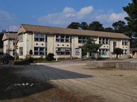 旧中村小学校
