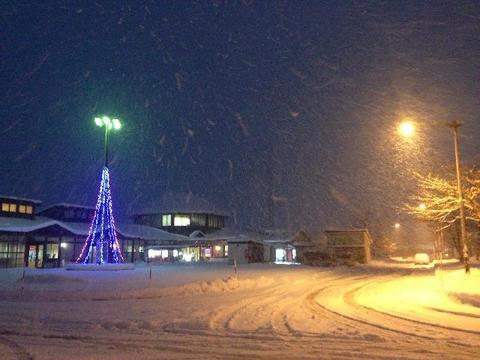 道の駅・かみおか(冬の夜)
