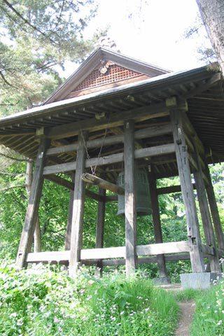 1679年に建てられ、明治維新後現在の位置に移築。昭和30年頃まで時を知らせる