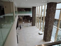 岡山市立市民病院(ロビー)