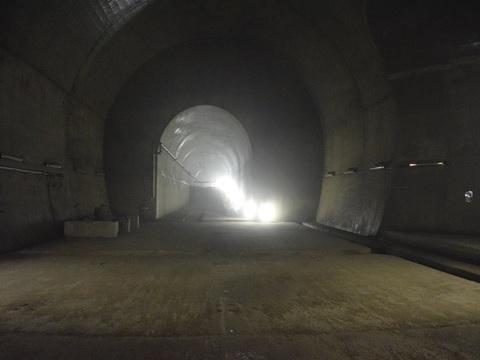 ベルトコンベヤトンネル